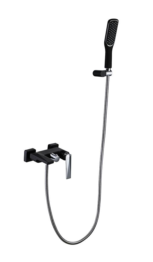 Смеситель для ванны с душ.гарнитуром VENTURO черный-хром